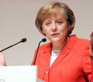 Osama Bin Laden: pesanti critiche per Angela Merkel