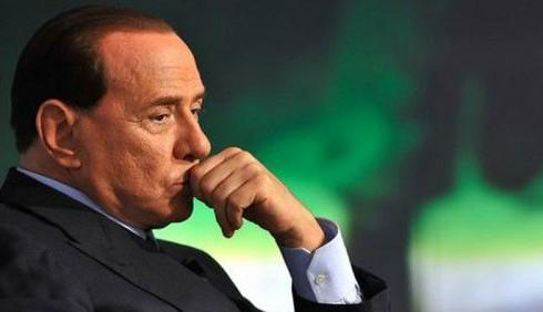Silvio Berlusconi minaccia Milano e Napoli: