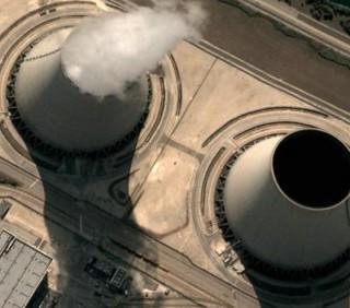Fiducia per il decreto Omnibus: referendum nucleare a rischio