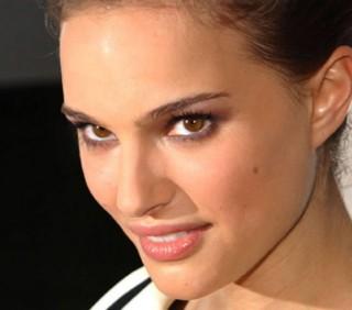 Natalie Portman lascia il cinema per fare la mamma?
