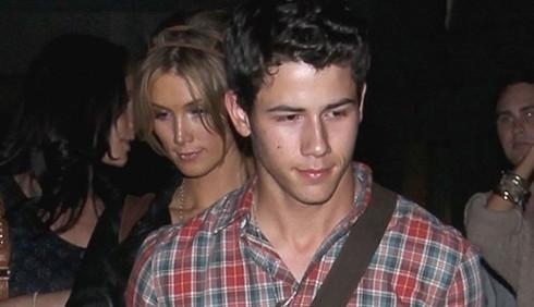 Nick Jonas e Delta Goodrem
