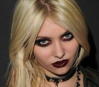 Taylor Momsen cacciata da Gossip Girl