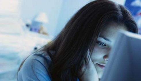 Twitter e Facebook trappole per gli adolescenti?