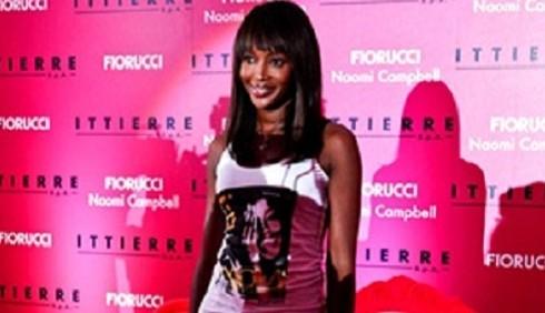Naomi Campbell per Fiorucci, le immagini