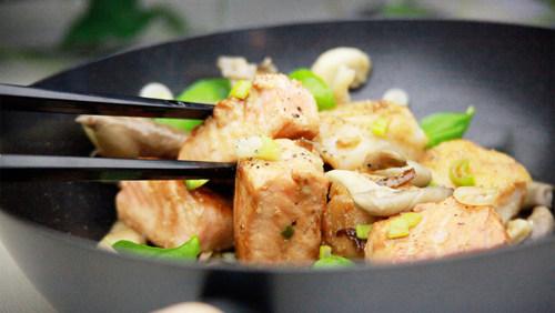 Cucinare gustosi piatti col wok ecco come diredonna for Cucinare qualcosa di particolare