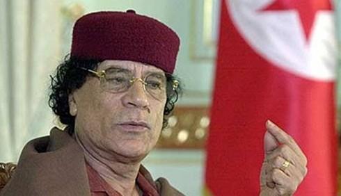 Gheddafi ordina gli stupri di massa: Viagra ai soldati