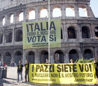 Greenpeace sul Colosseo contro il nucleare