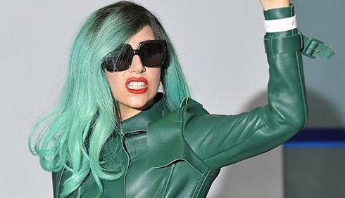 Lady Gaga in Giappone per le vittime del terremoto