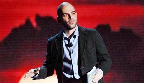 Vieni via con me: Roberto Saviano ufficializza La7