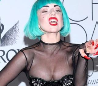 Dai carri a Lady Gaga, oggi l'Europride sfila a Roma