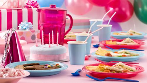 Tavolo Compleanno Bambini : Feste per bambini idee per una tavola divertente e creativa