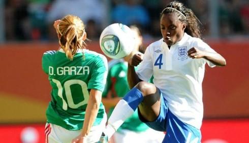 Mondiali di calcio femminile: dopo le polemiche omofobe, il via al secondo turno
