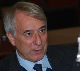 Giuliano Pisapia esorta i referendum
