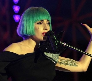 Lady Gaga all'Europride per la rivoluzione d'amore
