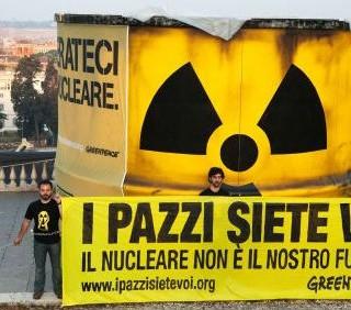 La Germania abbandona il nucleare, l'Italia commissiona le mini-centrali