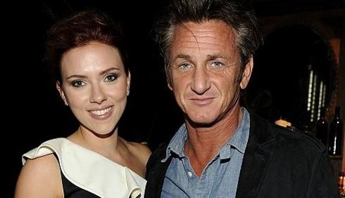 Scarlett Johansson disperata per la rottura con Sean Penn