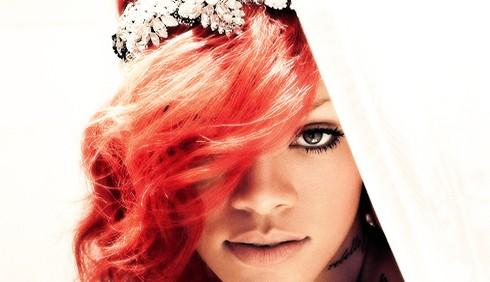 Rihanna testimonial per Giorgio Armani Underwear
