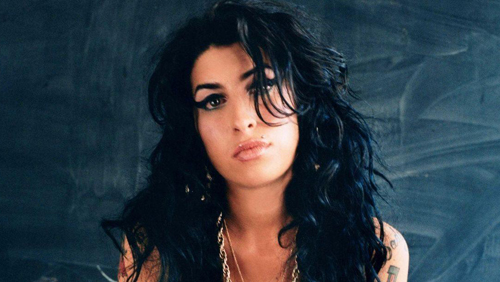 Amy Winehouse morta per astinenza da alcol?