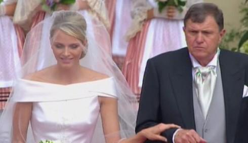 L'abito da sposa di Charlene Wittstock, principessa di Monaco