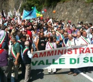 No Tav, non solo scontri, ma anche proteste pacifiche