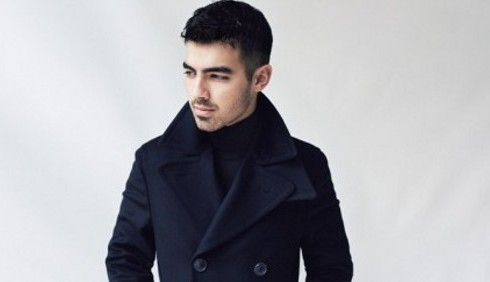 Joe Jonas in cerca della ragazza giusta