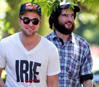 Robert Pattinson con Bear e Tom Sturridge a Los Angeles