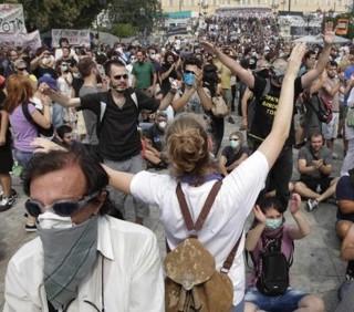 L'Italia come la Grecia? L'Unione Europea tentenna