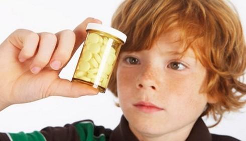 Troppi bambini italiani usano antibiotici