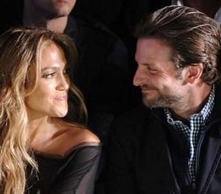 Jennifer Lopez e Bradley Cooper: cena romantica o di lavoro?