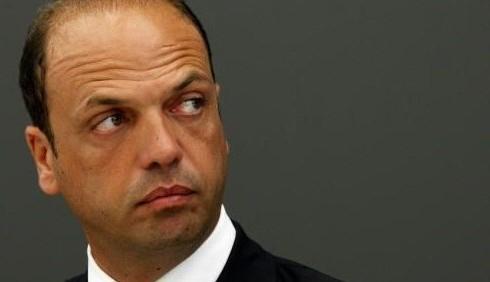 Effetto referendum: Angelino Alfano rilancia la legge elettorale