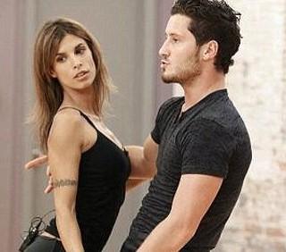 Elisabetta Canalis: feeling con il partner di Dancing with The Stars