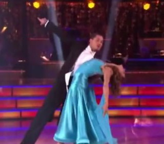 Elisabetta Canalis, il quickstep a Dancing With The Stars