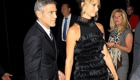 George Clooney e Stacy Keibler escono allo scoperto a Toronto