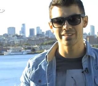 Joe Jonas non userà i nomi delle ex nelle canzoni