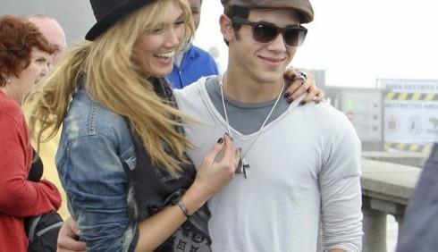 Nick Jonas e Delta Goodrem innamorati a Rio de Janeiro