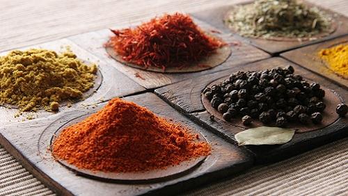 Come usare erbe e spezie in cucina diredonna - Spezie in cucina ...