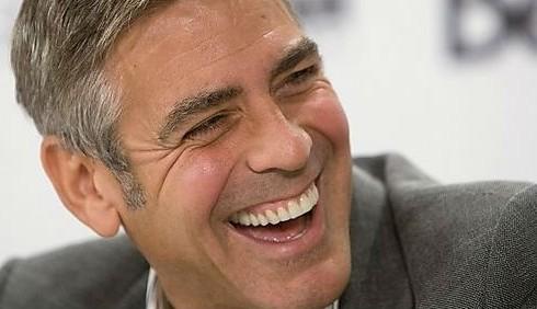 George Clooney deriso da uno spot svizzero