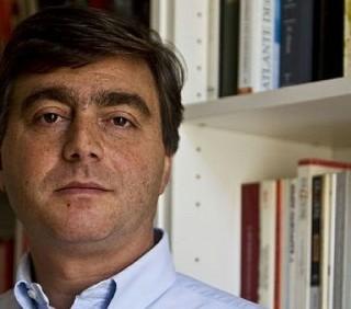 Valter Lavitola da Enrico Mentana: «Resto latitante»