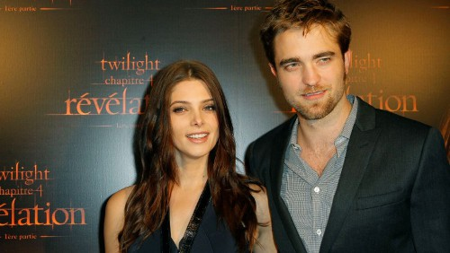 Breaking Dawn: Robert Pattinson e Ashley Greene a Parigi
