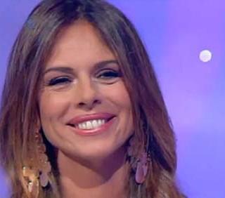 Paola Perego conduce L'Isola dei Famosi