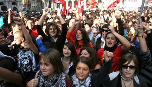 Scuola, proteste contro il MIUR