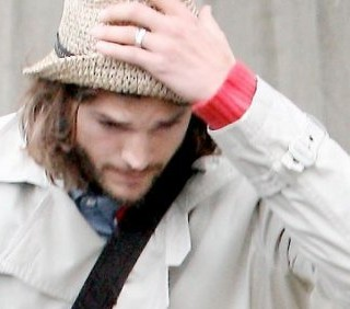 Ashton Kutcher depresso a Los Angeles