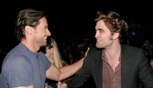 Hugh Jackman elogia la voce di Robert Pattinson