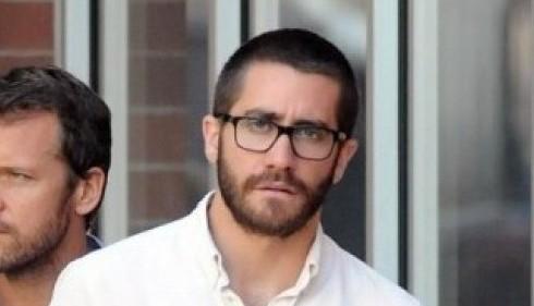 Jake Gyllenhaal, barba e occhiali per lo Yom Kippur