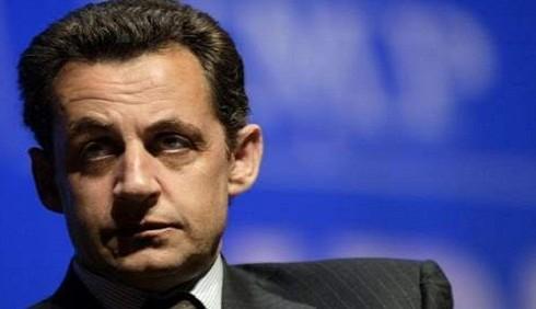 Anche la Francia rischia l'abbassamento del rating