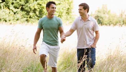 Comunità gay discriminata anche sul lavoro