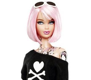 Barbie tatuata modello diseducativo? Genitori in rivolta