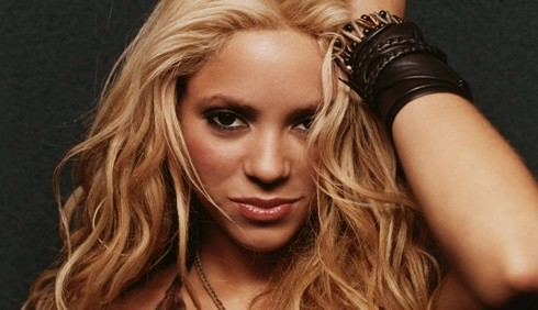 Shakira, DVD e nuovo singolo