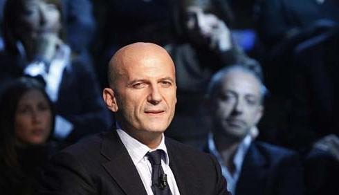 TG1: Augusto Minzolini contro i