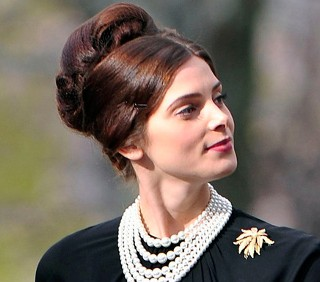 Ashley Greene, prime foto da Pan Am